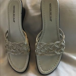 """Slide Shoes 1"""" Wedge Heel New Silver Sequined Sz 8"""